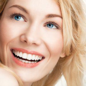 sonrisa-mujer-bonita-1000x666
